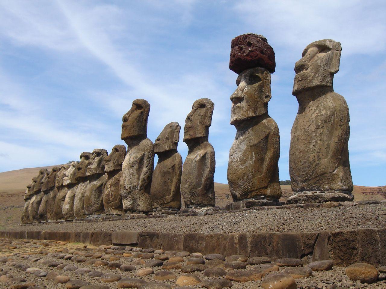 Easter Island 2CCC7Llt